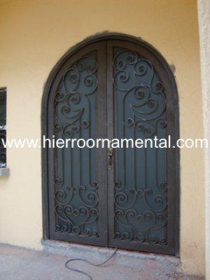 Elegante puerta con medio punto detalle producto for Puertas en forma de arco